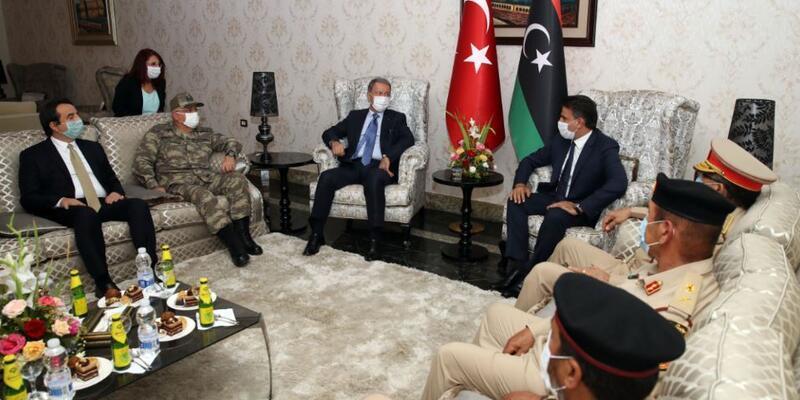 Son dakika... Milli Savunma Bakanı Akar Libya'da