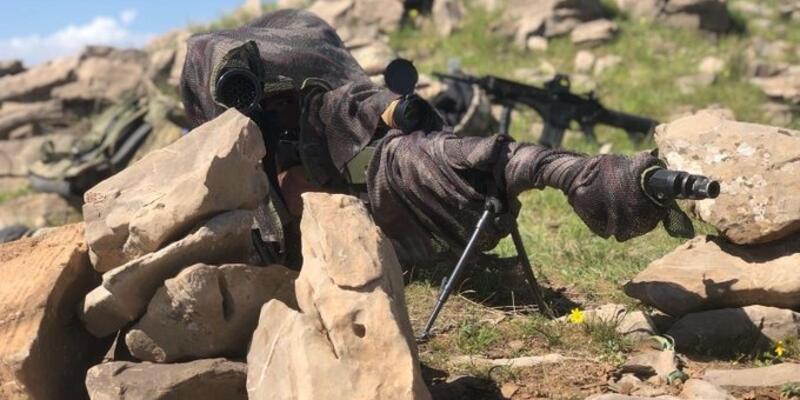 Son dakika... Fırat Kalkanı bölgesinde 2 PKK/YPG'li terörist etkisiz hale getirildi