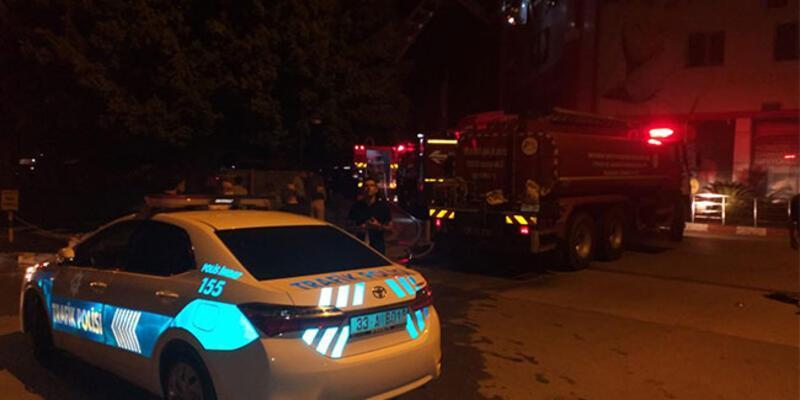 Mersin'de hastanede yangın