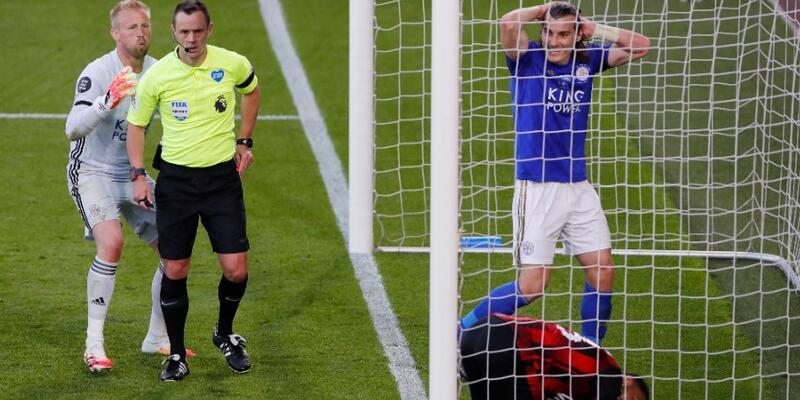 Leicester City deplasmanda dağıldı
