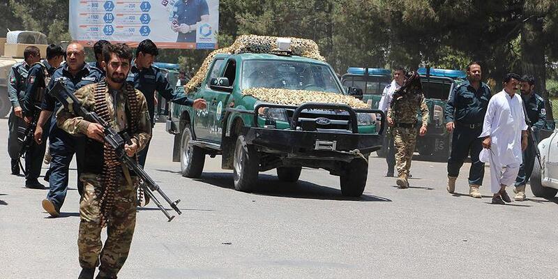 Son dakika... Taliban saldırdı! 14 güvenlik görevlisi öldü