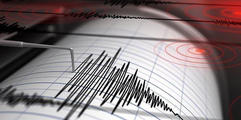 Son dakika! Antalya'da korkutan deprem!