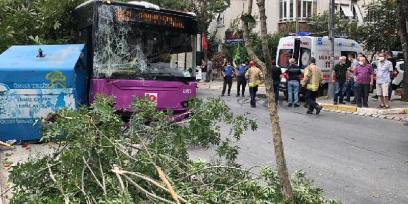 Son Dakika Haberleri... Avcılar'da halk otobüsü kaza yaptı