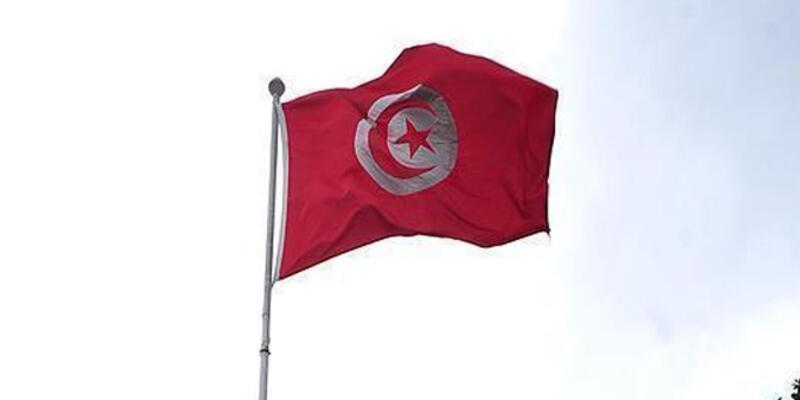 Tunus'ta Nahda Partisi'nden 6 bakan görevden alındı