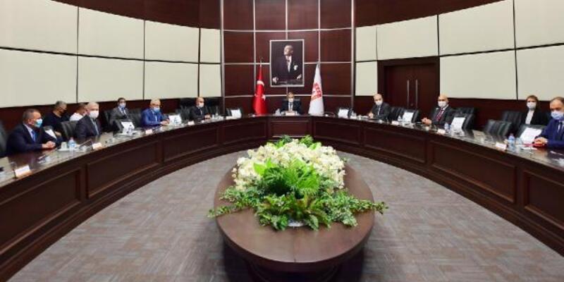 Savunma Sanayii Başkanı Demir: Savunma sanayimiz, her zaman Azerbaycan'ın emrinde