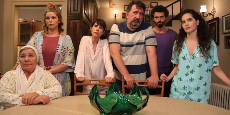 """Çatı Katı Aşk"" Perşembe'nin birincisi!"