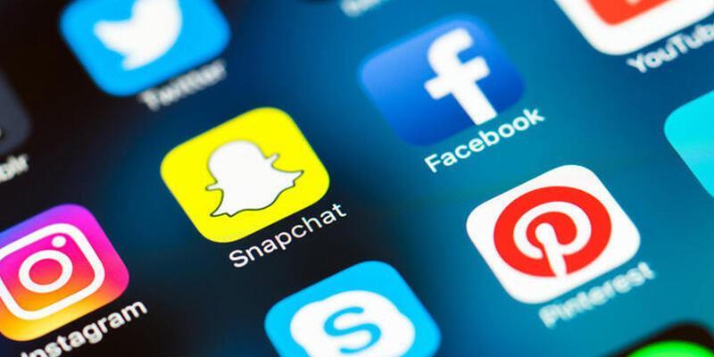 AK Parti'den 11 maddelik sosyal medya teklifi