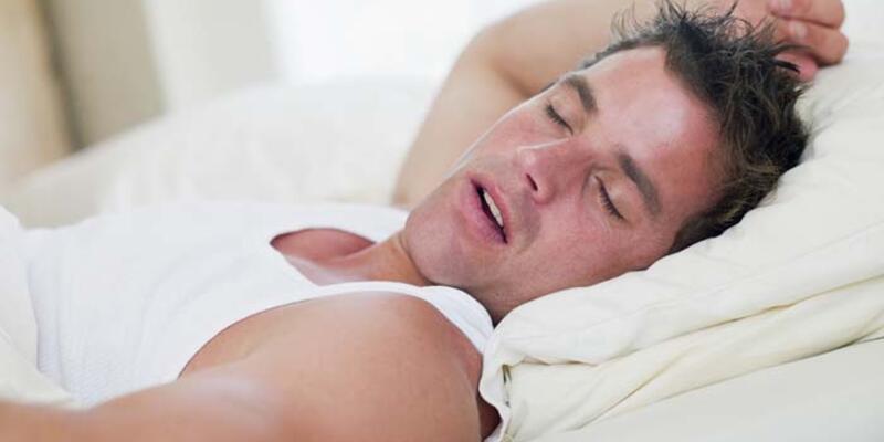 Uyku apnesi kalp ve beyin hastalıklarına yol açıyor