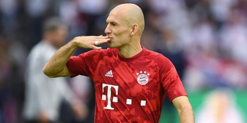 Arjen Robben'den İstanbul'a telefon