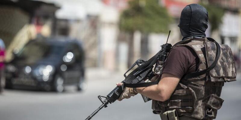 İstanbul'da 10 ilçede DEAŞ operasyonu: 8 gözaltı