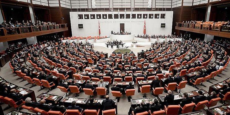 Son dakika: AK Parti'den depremler ve doğal afetler için araştırma komisyonu talebi