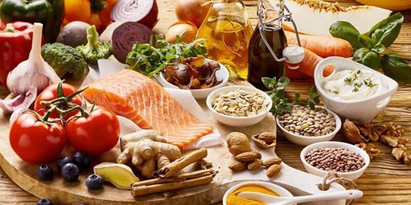 Bayramda hastalıklara karşı doğru beslenme uyarısı!
