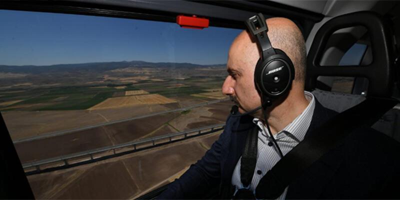 Karaismailoğlu, Ankara-Sivas YHT Projesini helikopter ile havadan inceledi