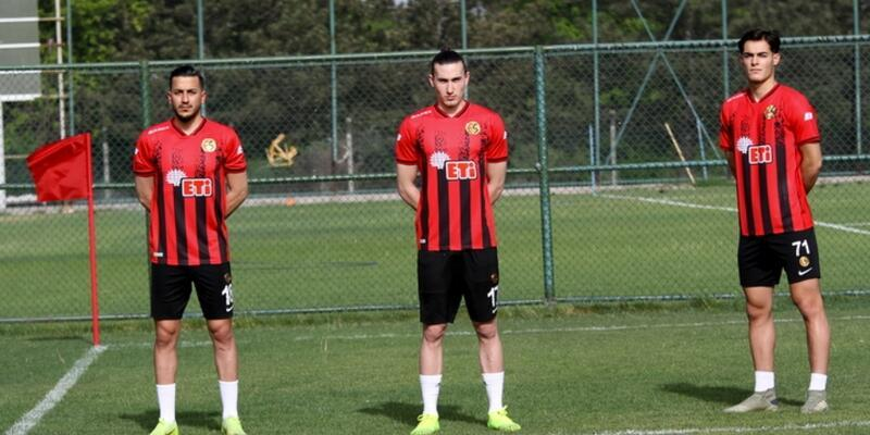 Eskişehirspor'da kümede kalma sevinci