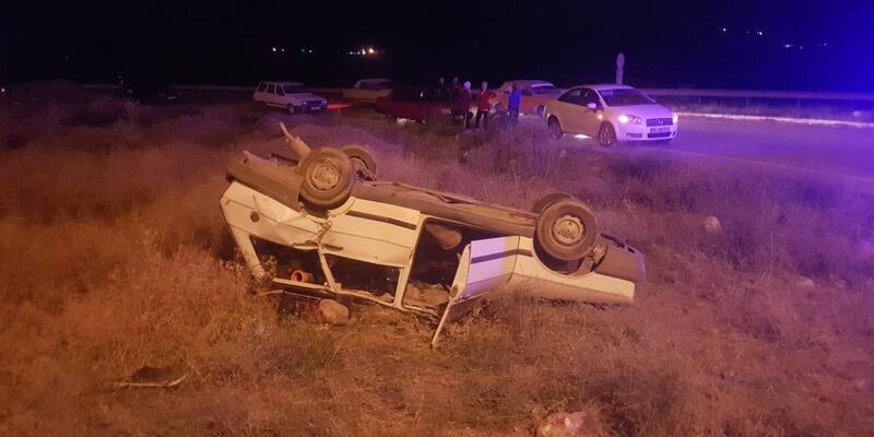 Sivas'ta iki otomobil çarpıştı: Çok sayıda yaralı var