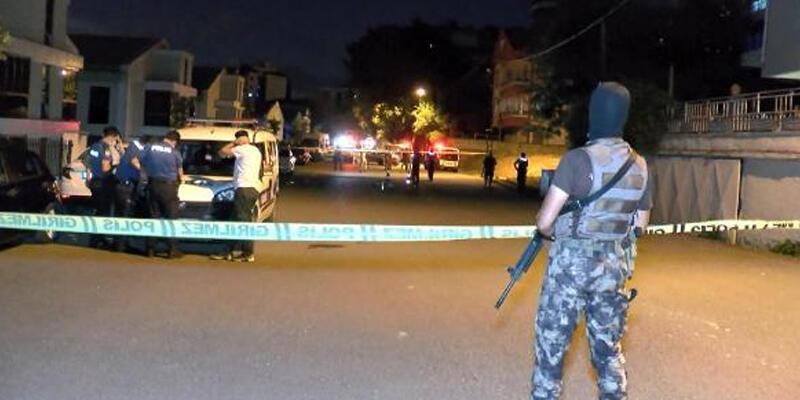 Kartal'da silahlı kavgaya müdahale eden polis memuru yaralandı