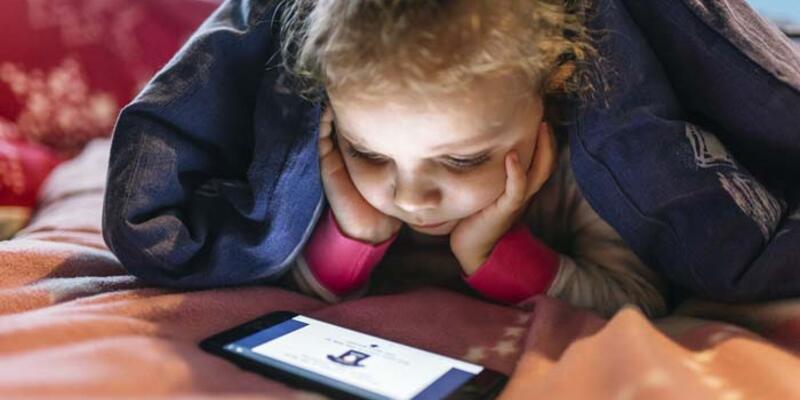 Dijital cihazlar çocukların göz sağlığını bozuyor
