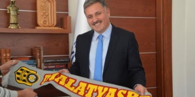 Ahmet Çakır, Yeni Malatyaspor üyeliğinden istifa etti
