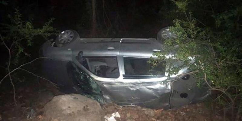 Otomobil uçurumdan yuvarlandı: 1 ölü, 4 yaralı