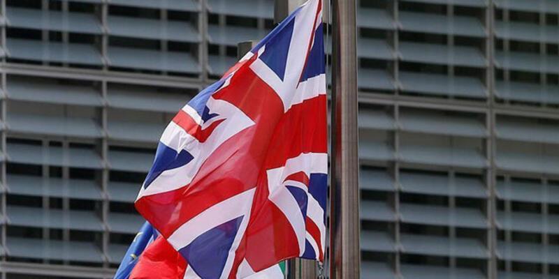 İngiltere, Belçika'yı karantinadan muaf tutulan ülkeler listesinden çıkardı