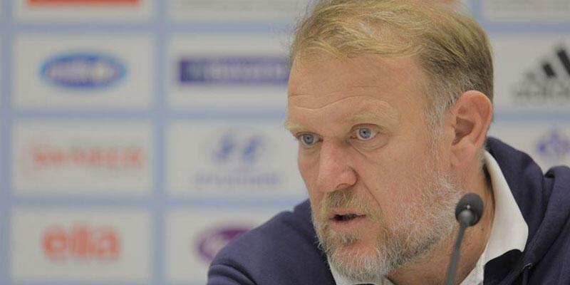 Denizlispor Robert Prosinecki'yi resmen duyurdu