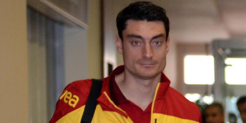 Son dakika... Albert Riera Galatasaray'a döndü!