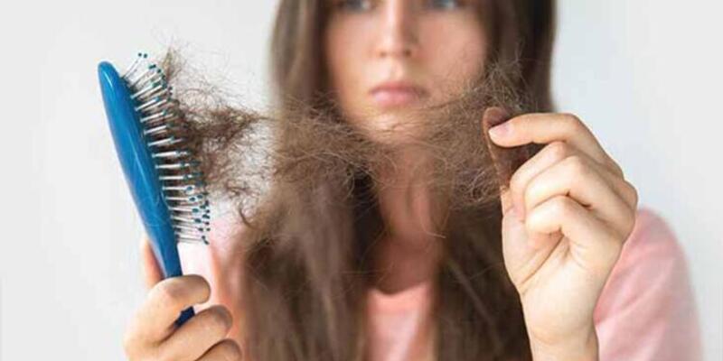 Profesör açıkladı! Saç dökülmesi corona virüsle mi ilişkili?