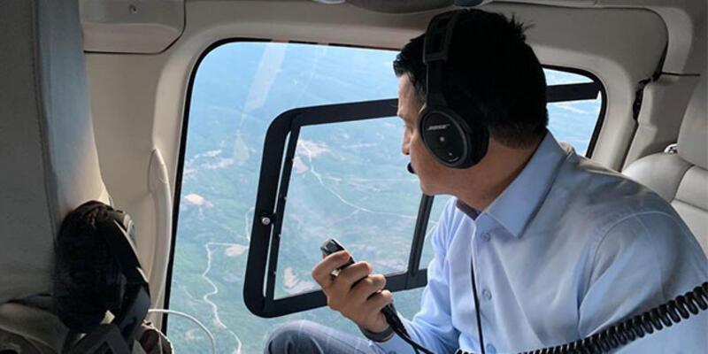 Bakan Pakdemirli, Çanakkale'deki orman yangınını havadan koordine etti