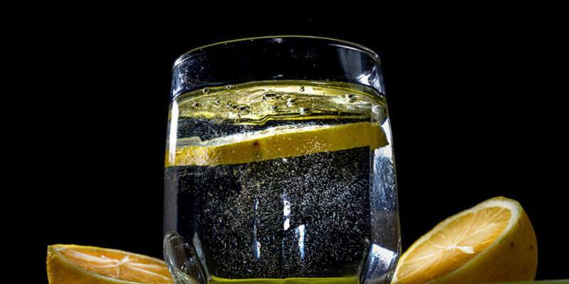 Limonlu su içmenin yarattığı muhteşem dönüşüm!