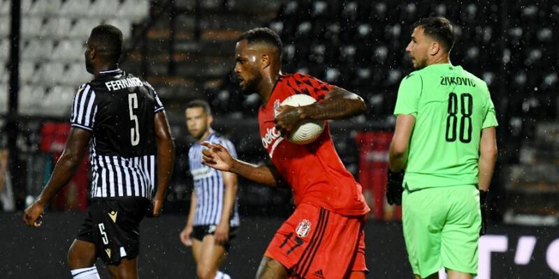 Beşiktaş PAOK'a 3-1 yenildi