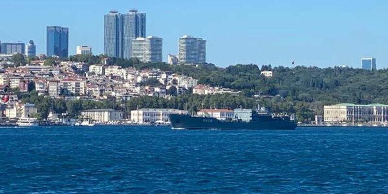 Son dakika.. Rus askeri gemisi İstanbul Boğazı'ndan geçti