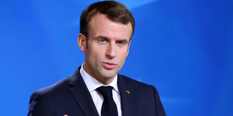 Macron: Lübnan'ı bölgesel güçlerin çalkantılarına bırakırsak sivil savaş çıkar