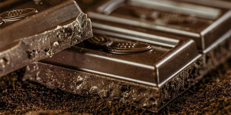 Çikolata yiyince neden mutlu oluruz?