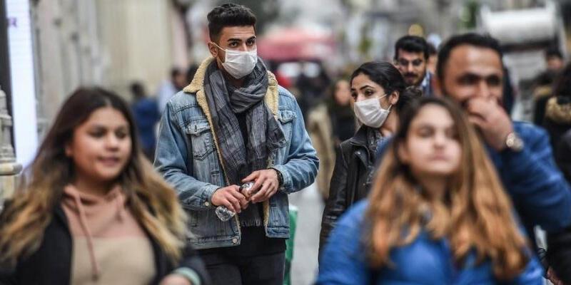 Son dakika haberi: Bakan Koca'dan gençlere koronavirüs uyarısı: 100 kişiden 40,1'i...