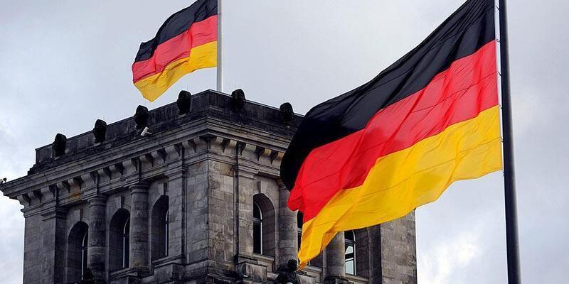 Son dakika... Almanya, seyahat uyarısını eylül sonuna kadar uzattı