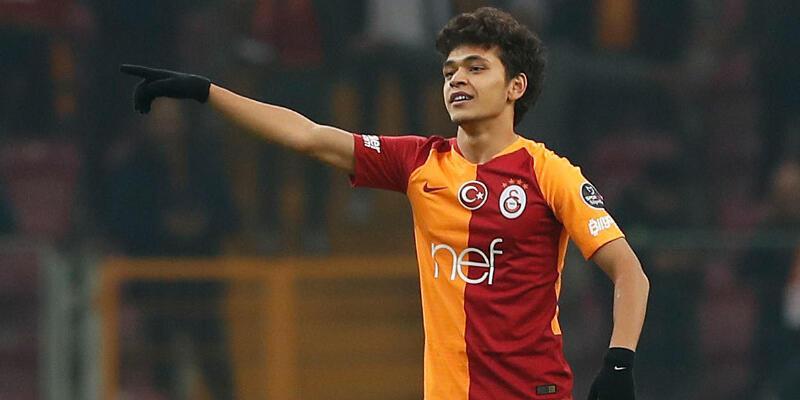 Son dakika... Mustafa Kapı Galatasaray'a veda etti!