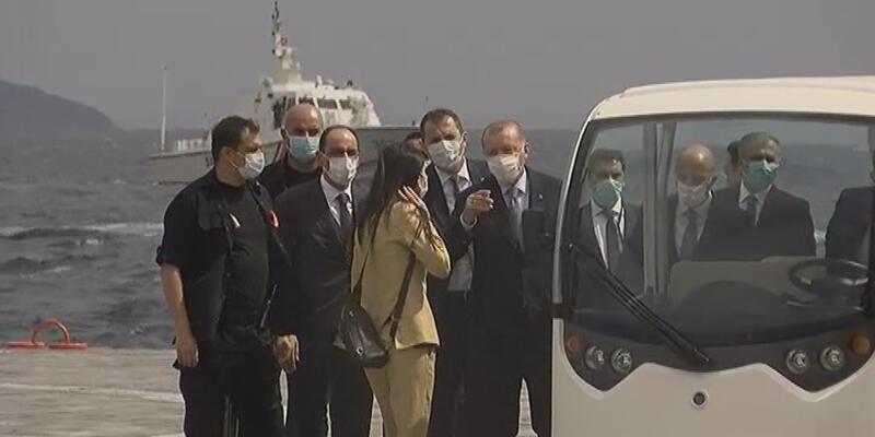 Cumhurbaşkanı Erdoğan Demokrasi ve Özgürlükler Adası'na geldi