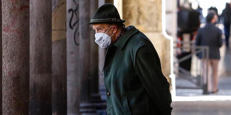 İtalya'da Kovid-19 salgınında yeni vaka sayılarındaki gerileme sürüyor
