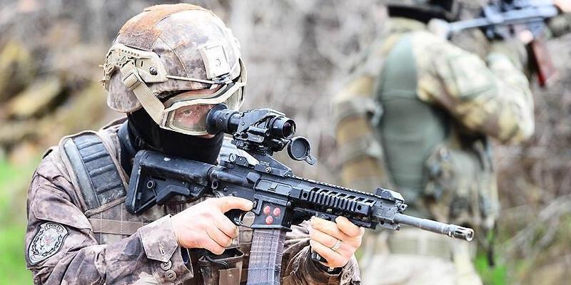 Aranan PKK'lı, askeri yasak bölgede yakalandı