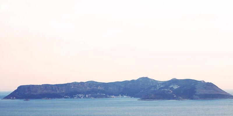Son dakika haberi: Yunan vekilden flaş sözler: Meis Adası'nı kaybederiz
