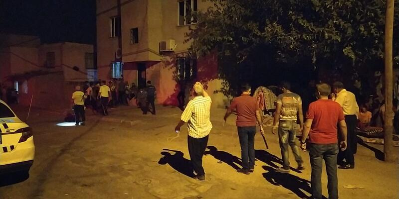 Adana'da 2 aile arasında silahlı kavga!