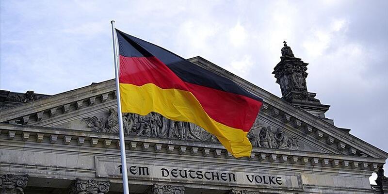 Son dakika... Almanya'da polislere 'aşırı sağcı yapılanma' soruşturması!