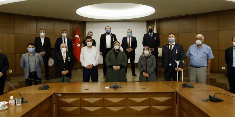 Aile, Çalışma ve Sosyal Hizmetler Bakanı Selçuk gazilerle buluştu