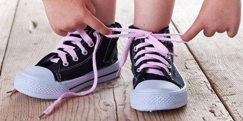 Çocuğunuz ayakkabısını bağlayamıyorsa dikkat