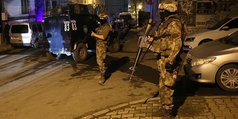 Son dakika... Ataşehir'de DHKP/C operasyonu: 2 gözaltı