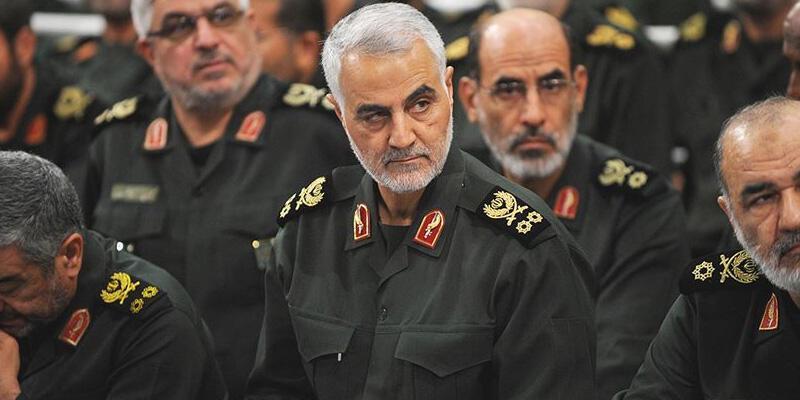 İran Dışişleri Bakanı Zarif'ten Süleymani açıklaması: O defteri kapatmadık