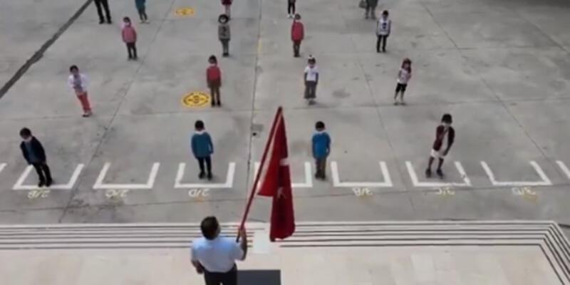 Milli Eğitim Bakanı Selçuk: Türkiye'de okullar böyle açıldı