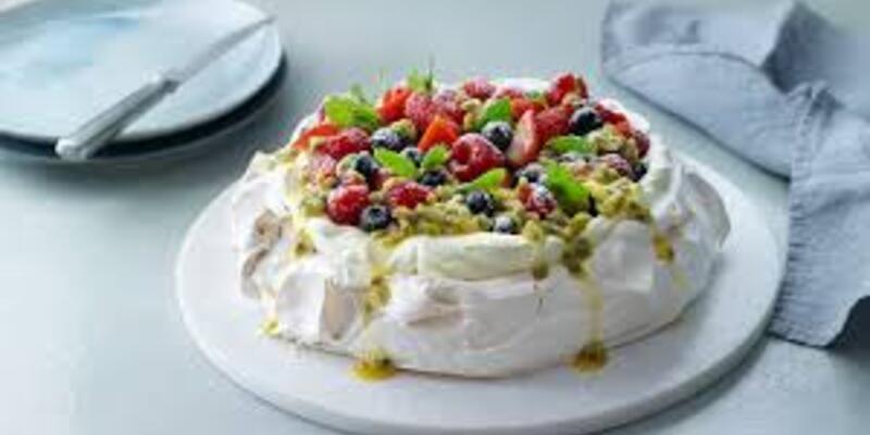 Çarkıfelek meyvesi nedir? Pavlova tarifi! Çarkıfelek meyvesi nerede yetişir? Tutku meyvesi pavlova tarifi