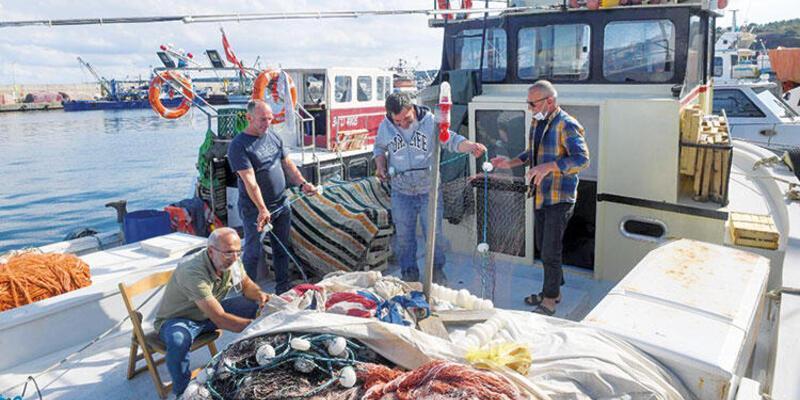 Garipçe ve Rumeli Feneri'ndeki balıkçılar kontrolsüz avcılıktan şikâyetçi: 'Bereketi kaçırdılar'