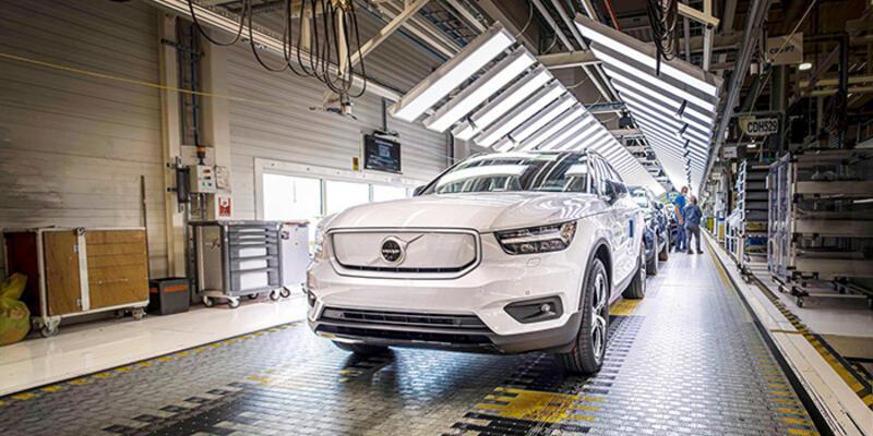 Volvo Cars XC40'ı elektriklendirmeye başladı